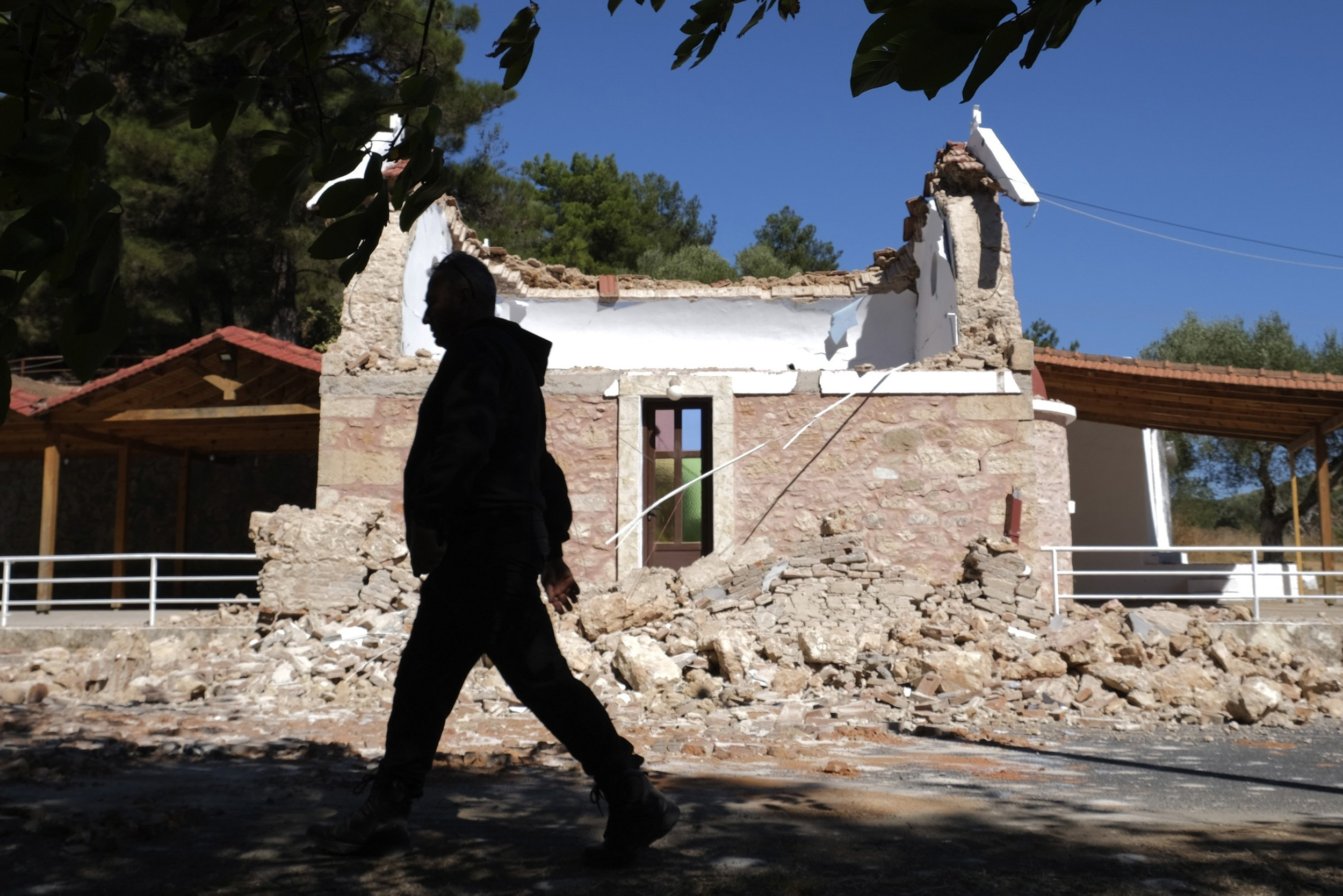 One killed as strong quake hits Greek island of Crete