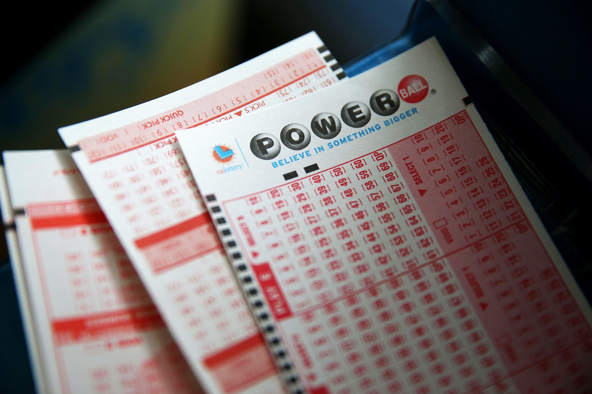 Winning $700M Powerball jackpot ticket sold in California