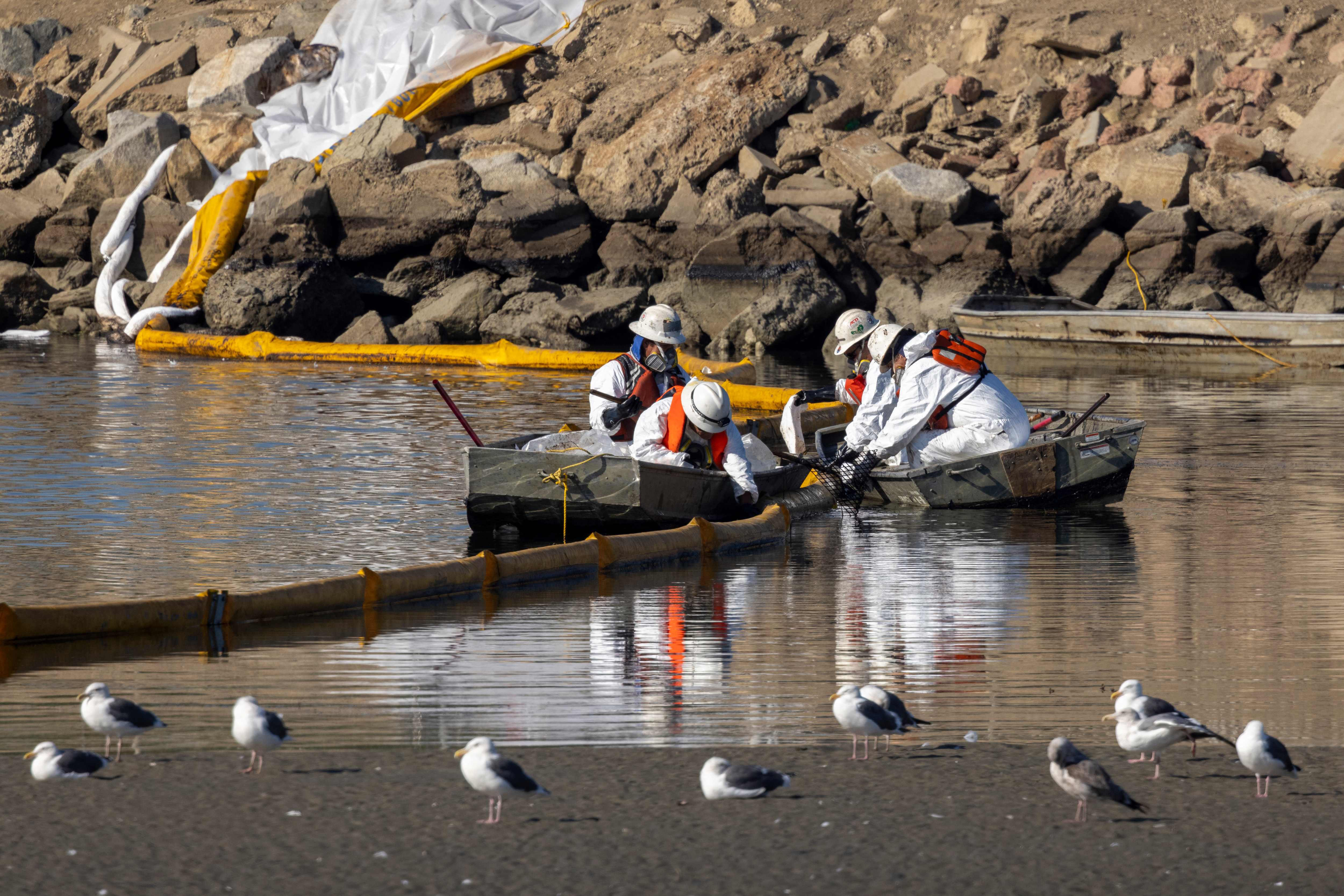 Stretch of shoreline affected by Southern California oil spill grows