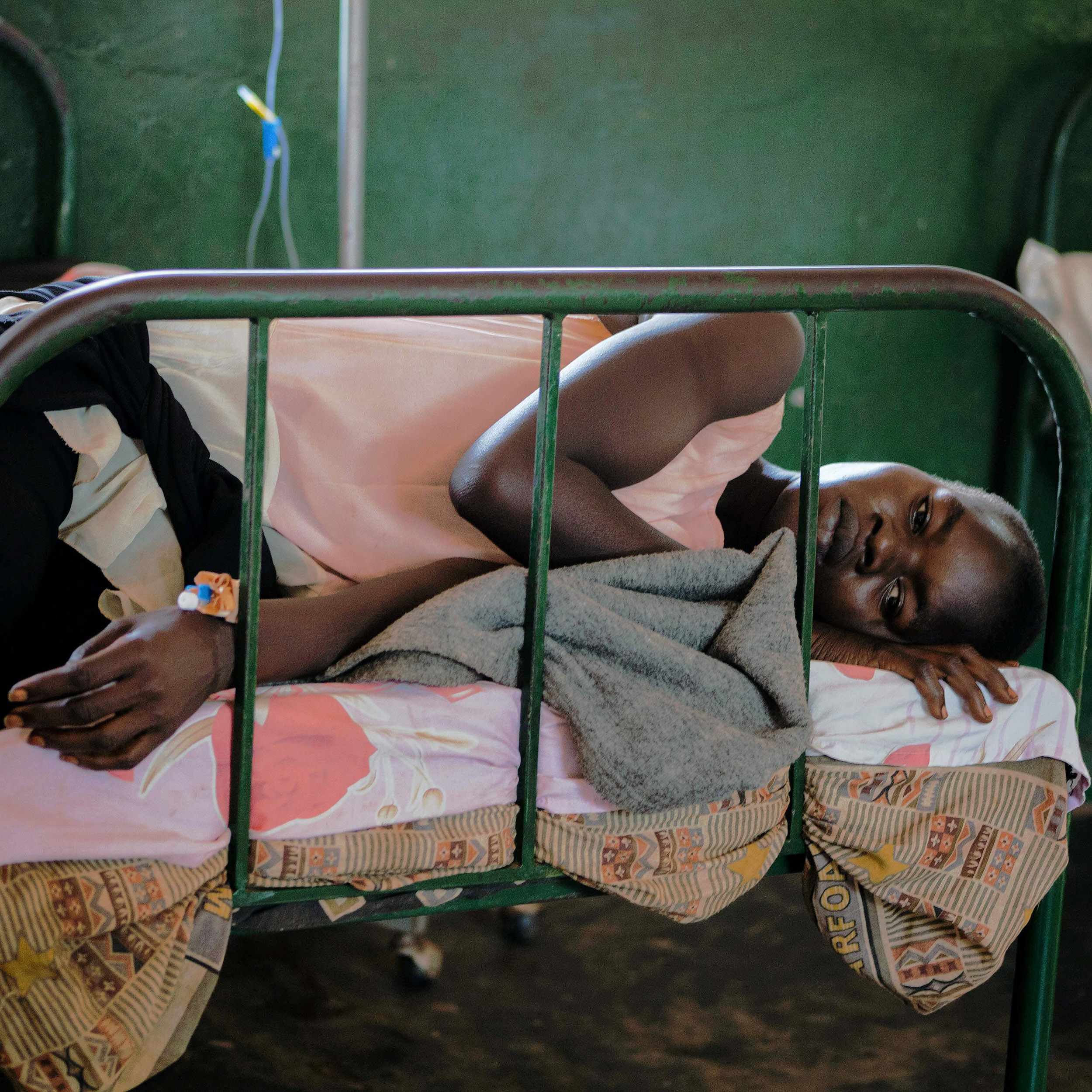 WHO experts back using malaria vaccine for children in Africa