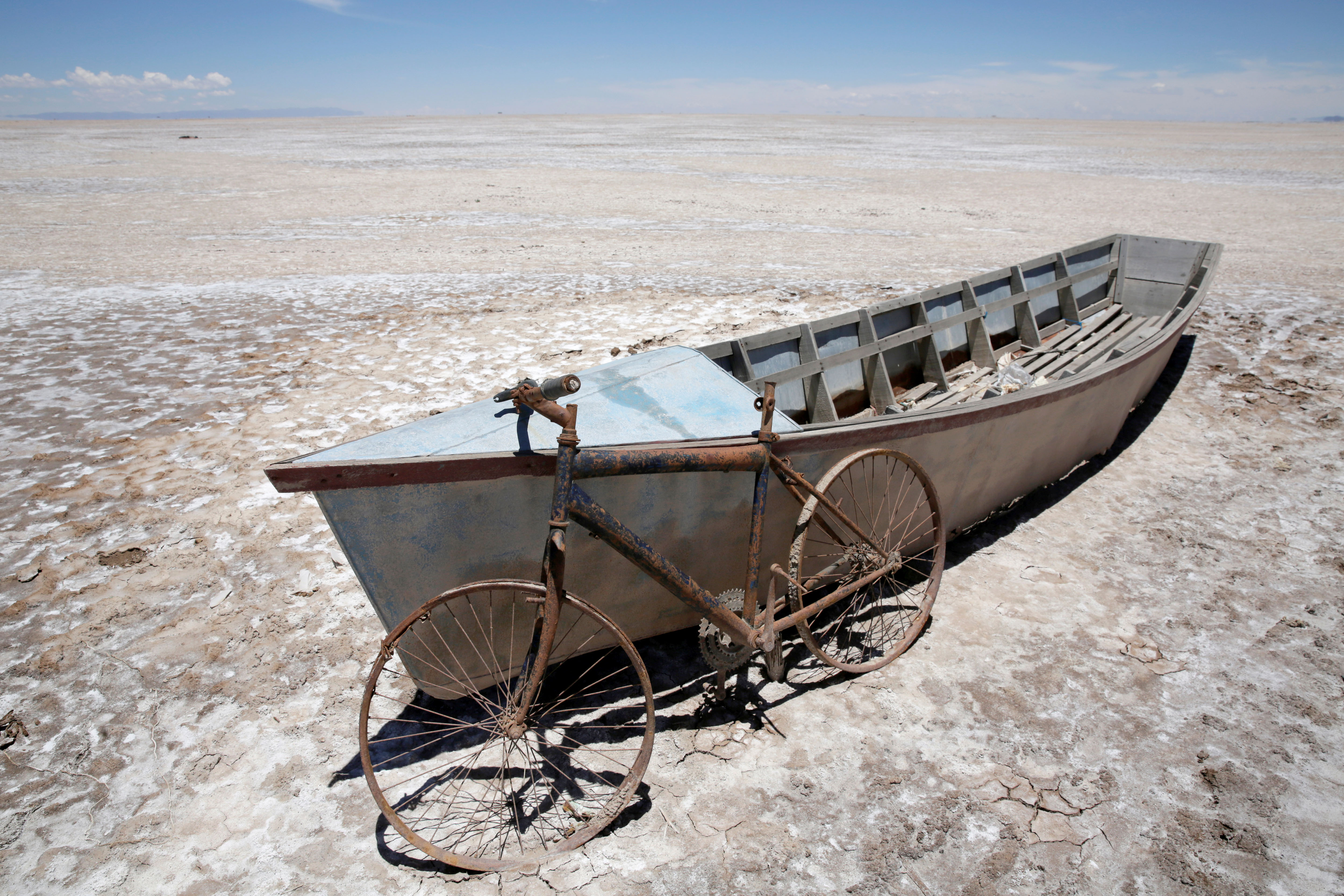 Bolivia's lake Poopo dries up and scientists fear refill unlikely