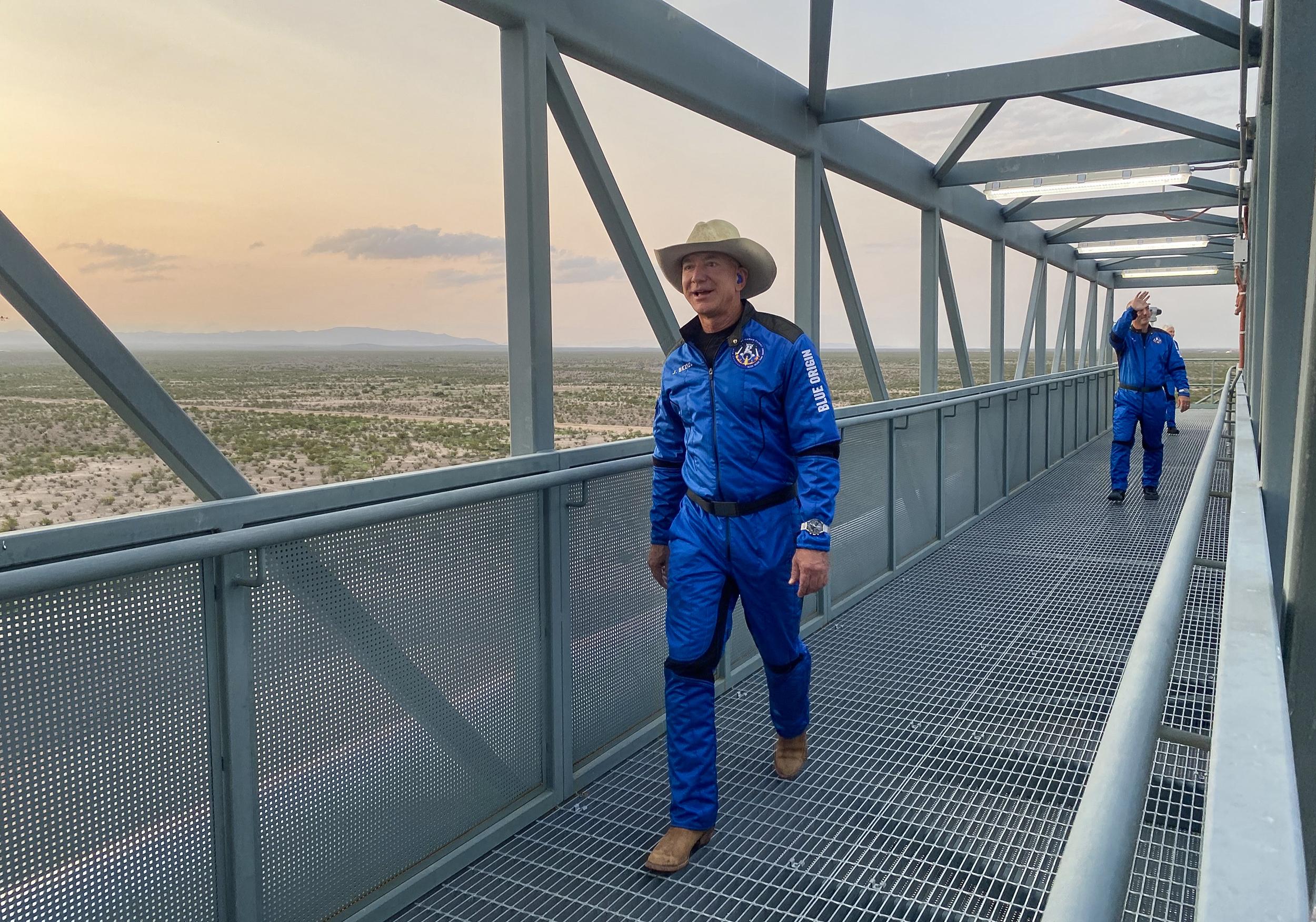 Bezos' Blue Origin takes NASA to court over SpaceX lunar lander contract