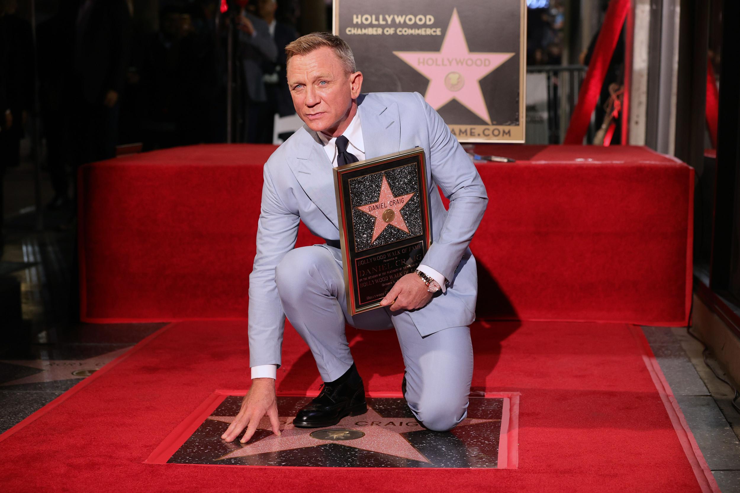 James Bond actor Daniel Craig gets star on Hollywood Walk of Fame