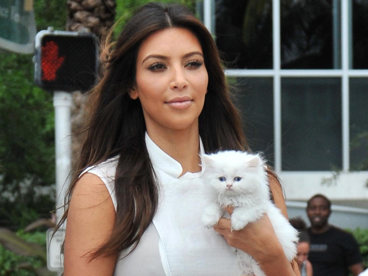 Kim Kardashian\'s heart \'completely broken\' by her kitten\'s death