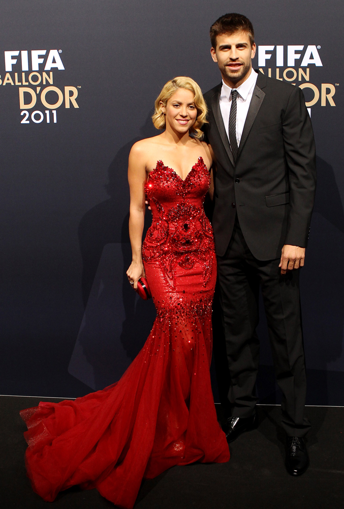 Dating Shakira could get soccer player kicked off team - TODAY.com
