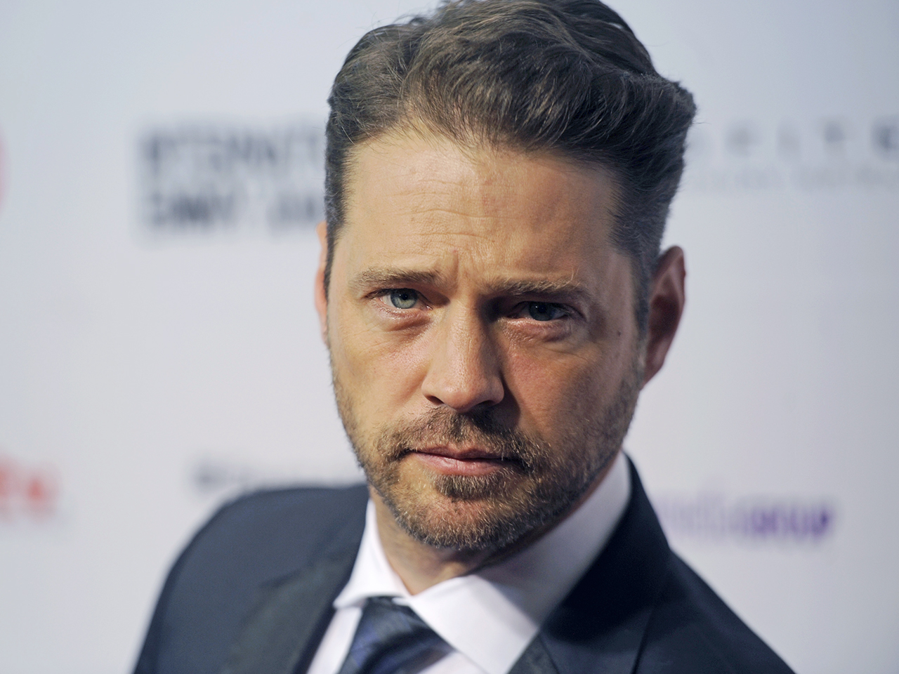 Jason priestley porn smut photos