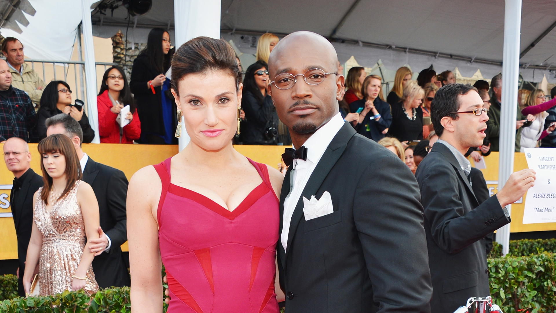 LOS ANGELES, CA - JANUARY 27:  Actors Idina Menzel and Taye Diggs arrive at the 19th Annual Screen Actors Guild Awards held at The Shrine Auditorium o...
