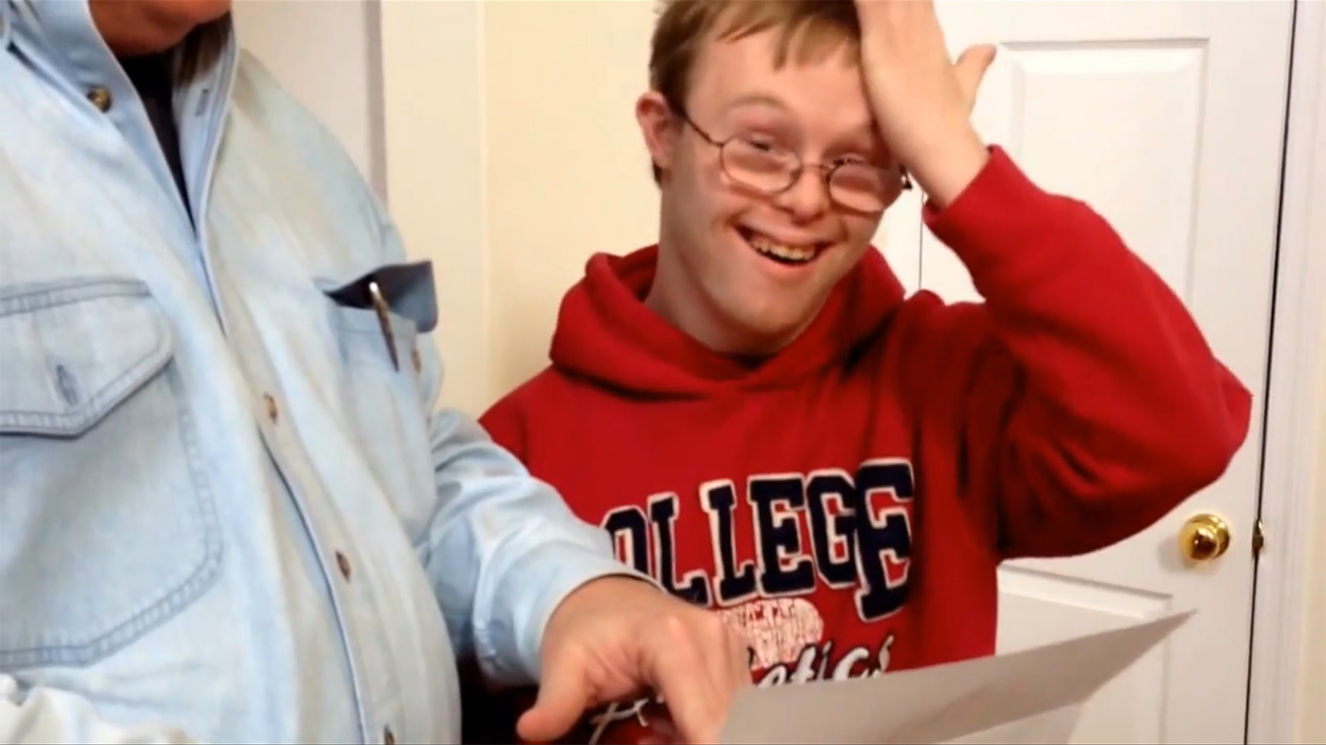 they said yes young man down syndrome gets into college young man down syndrome gets into college program in heart melting video com