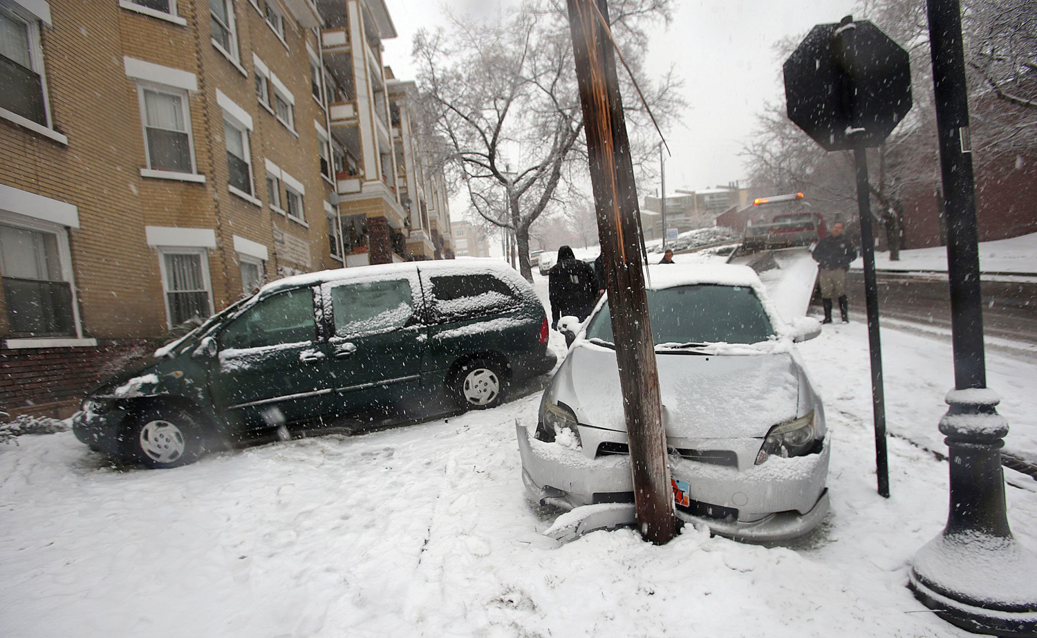 news other holiday travel nigare winter storm tornadoes could spell christmas misery