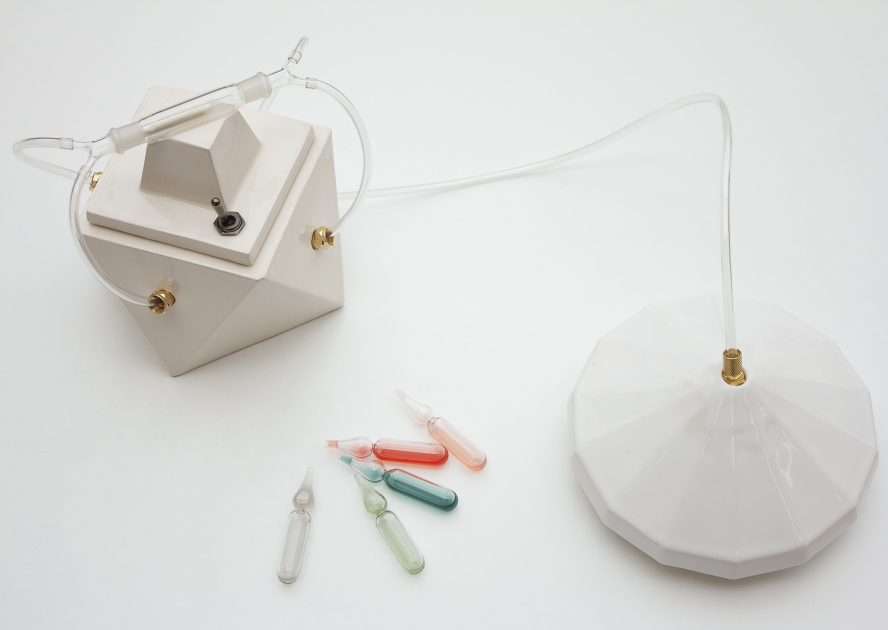 Madeleine 1 smell capture device