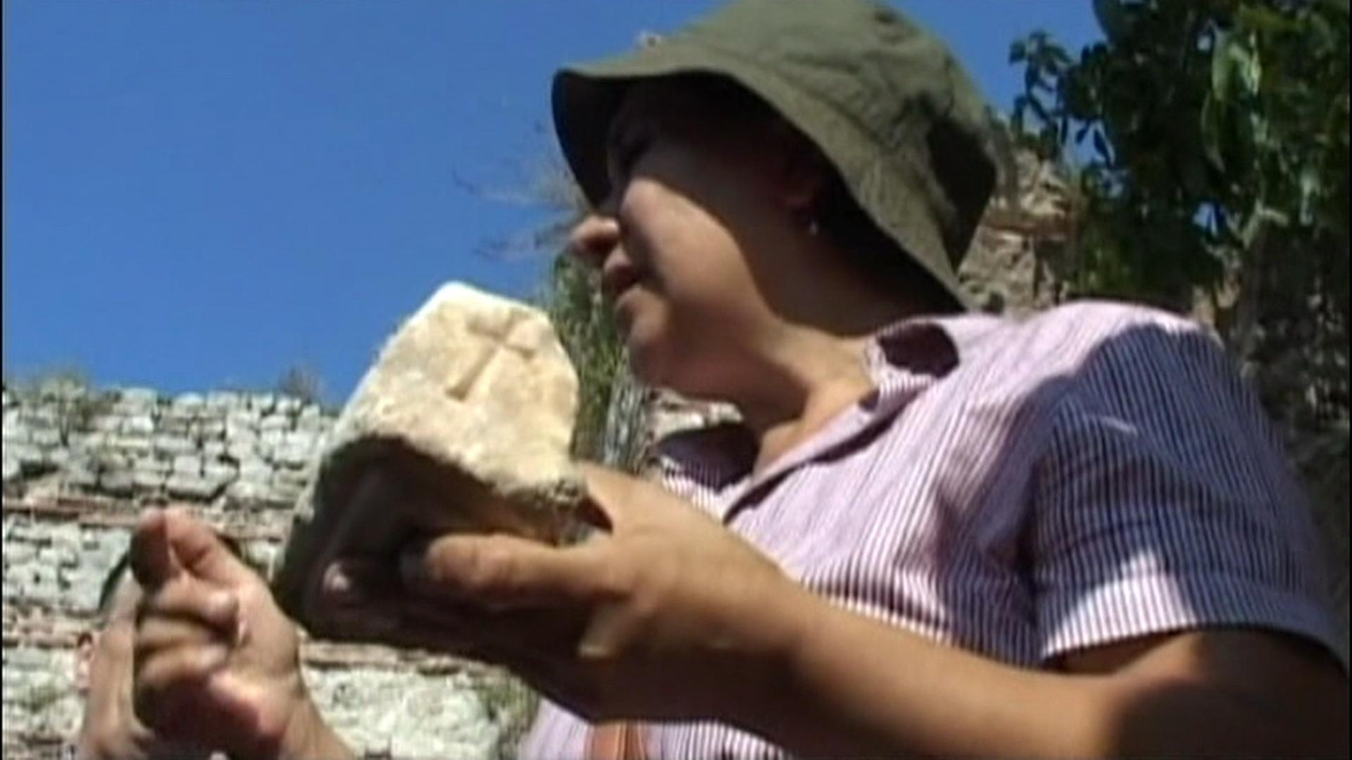 Image: Koroglu with stone