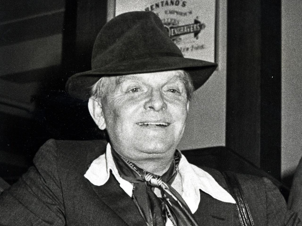 Truman Capote's ashes sought