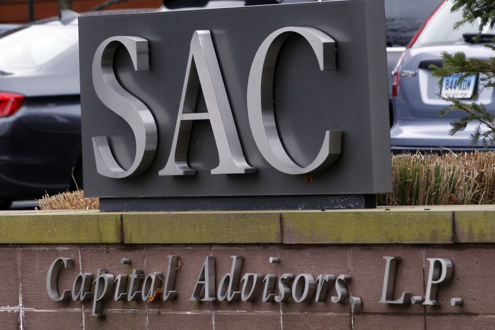 Details of what could be a record more than $1 billion settlement for insider trading charges against SAC Capital are expected to be unveiled Monday.