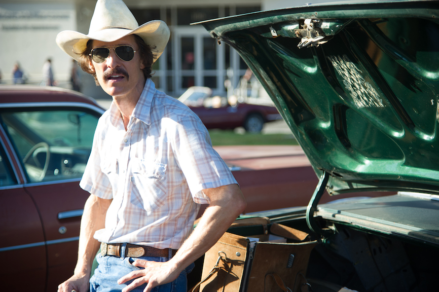 Matthew McConaughey plays Ron Woodroof in
