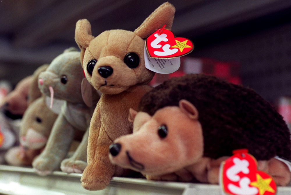 WASHINGTON, :  Beanie Babies sit on the shelf of a variety store waiting for a new owner 01 September 1999 in Washington DC. The maker of Beanie Babie...
