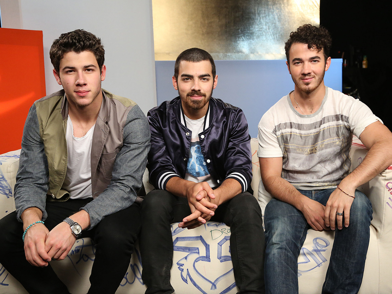 who the jonas brothers are dating Singer nick jonas has had a long  while jonas admitted the jonas brothers' song wedding bells was written  but while brewer insisted they weren't dating,.