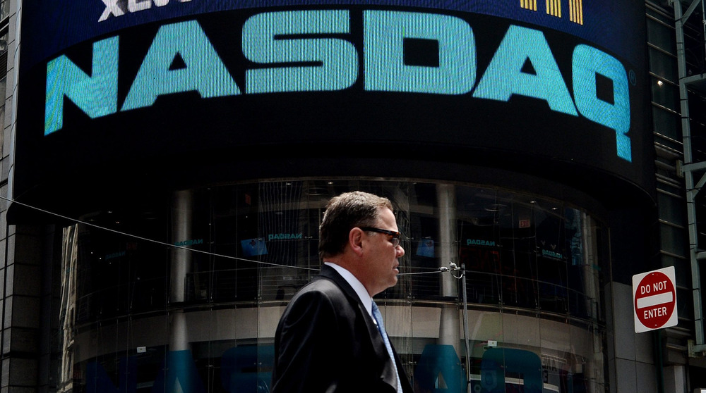 epa03833787 (FILE) A file picture dated 29 May 2013 shows a view of the sign on the NASDAQ building in Times Square in New York, New York, USA. Accord...