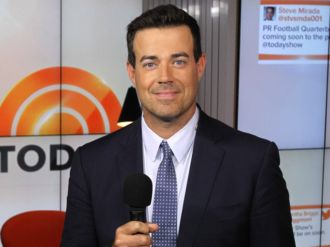 4B9042189-tdy-130917-carson-daly-ask.jpg