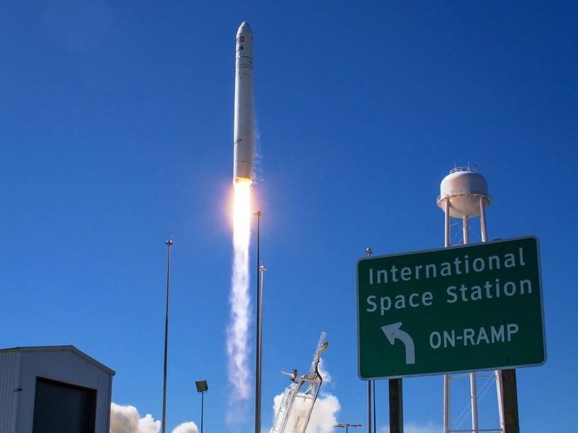 Image: Sign and launch