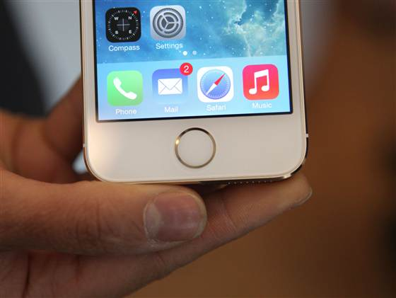 Touch ID sensor on iPhone 5S