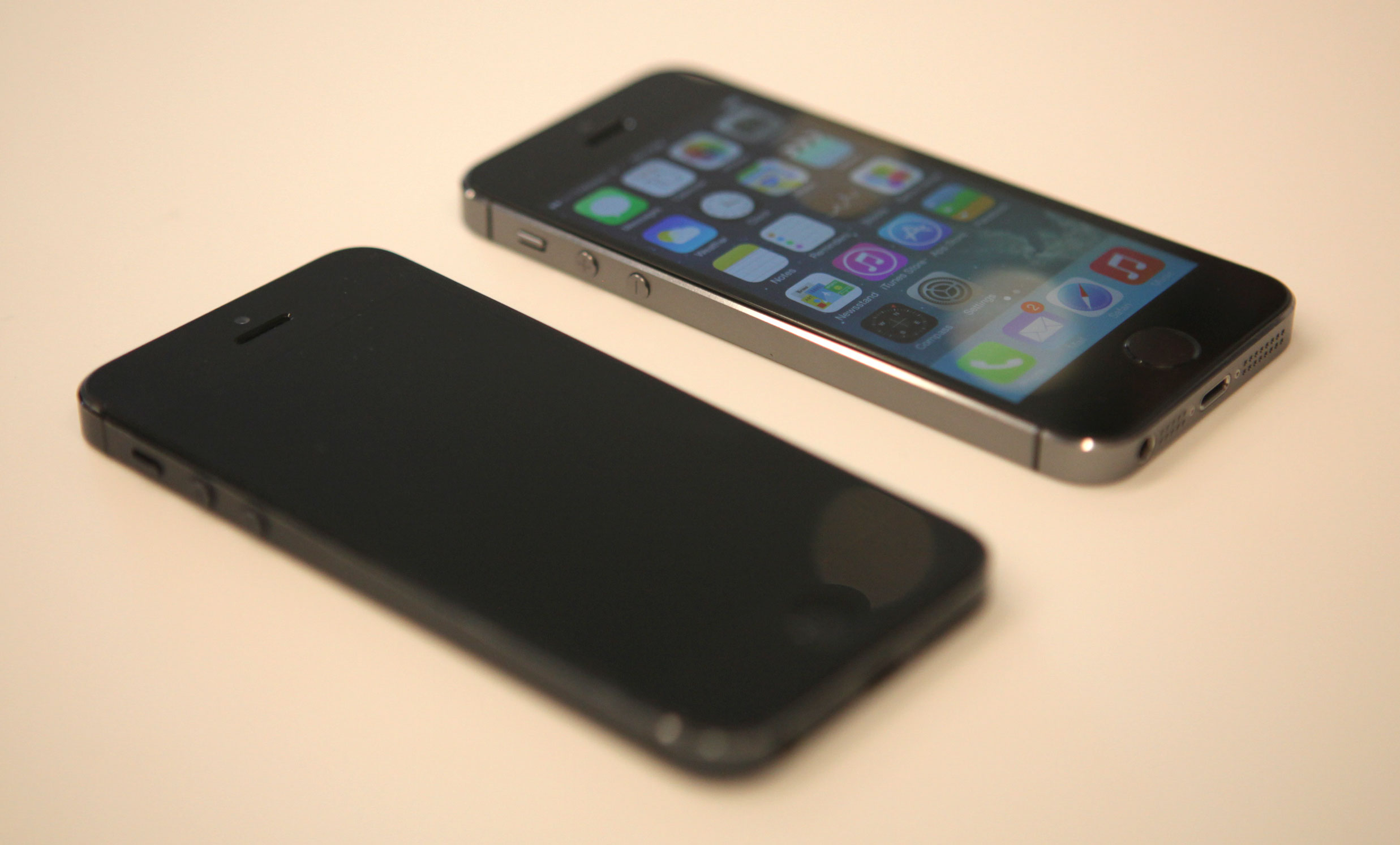 The gallery for --> Iphone 10000000000000000000000000