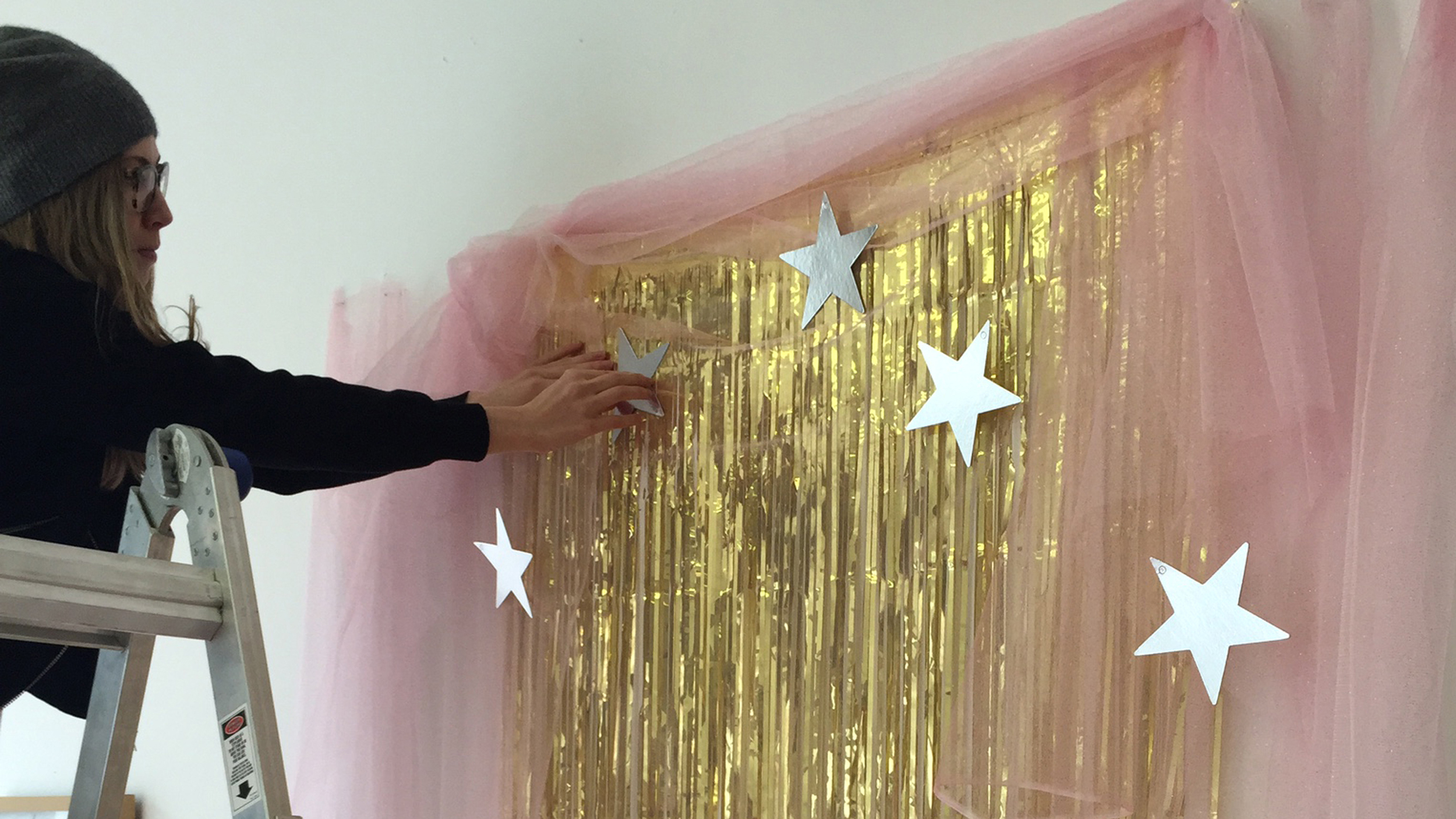 New Year S Eve Diy Decorations How To Make A Photo Booth
