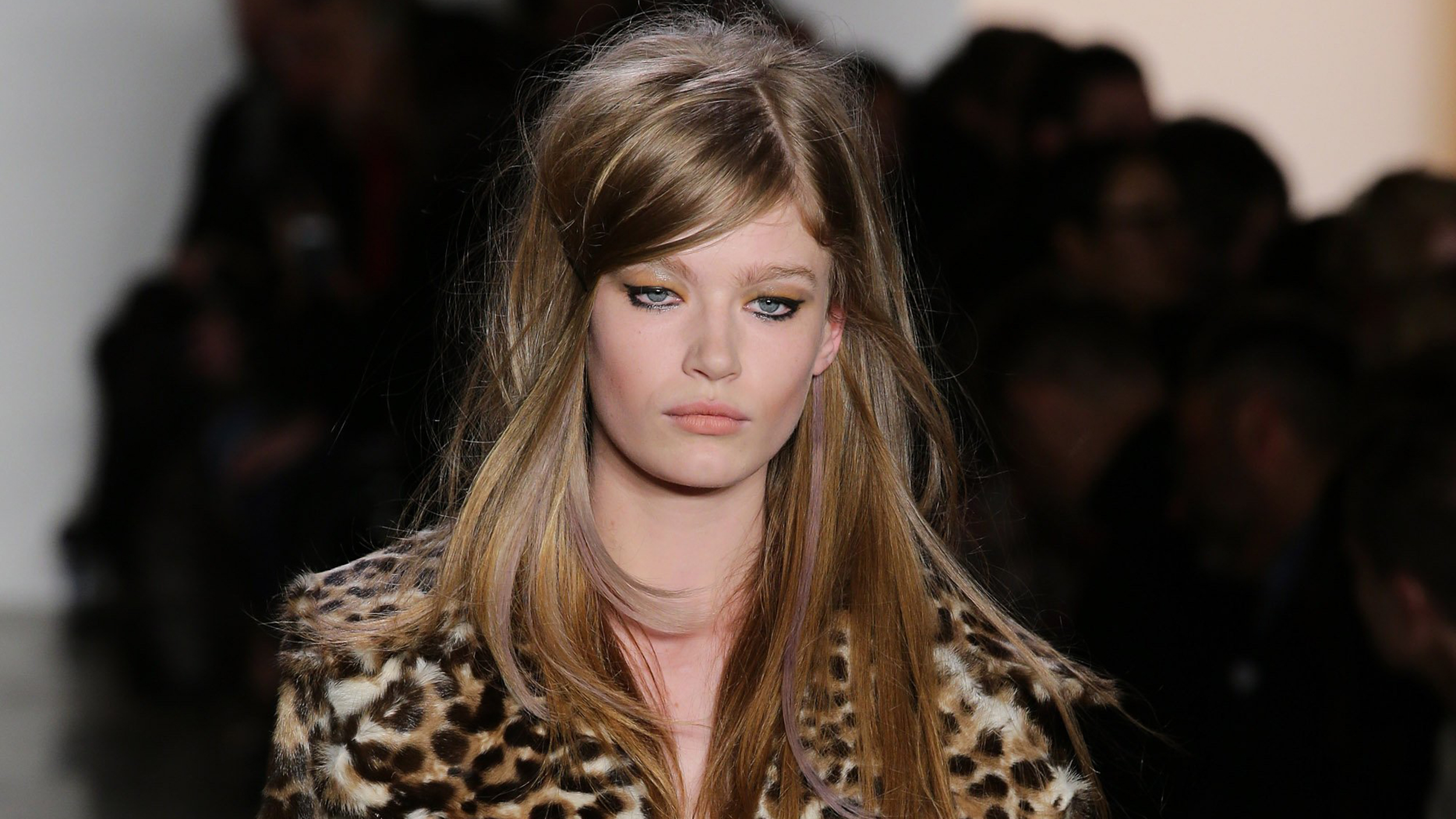 Violet Eyes Gold Braids 6 Best Beauty Trends From Fashion Week