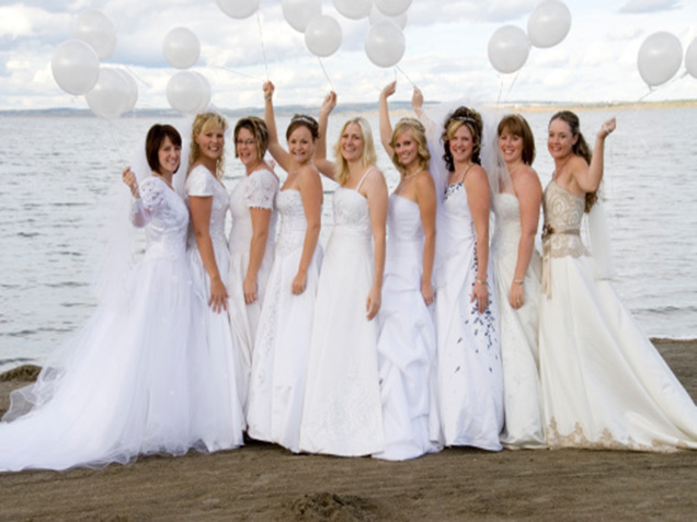ab4dbcf381 Etiquette Rules  Guest Wearing White to Wedding