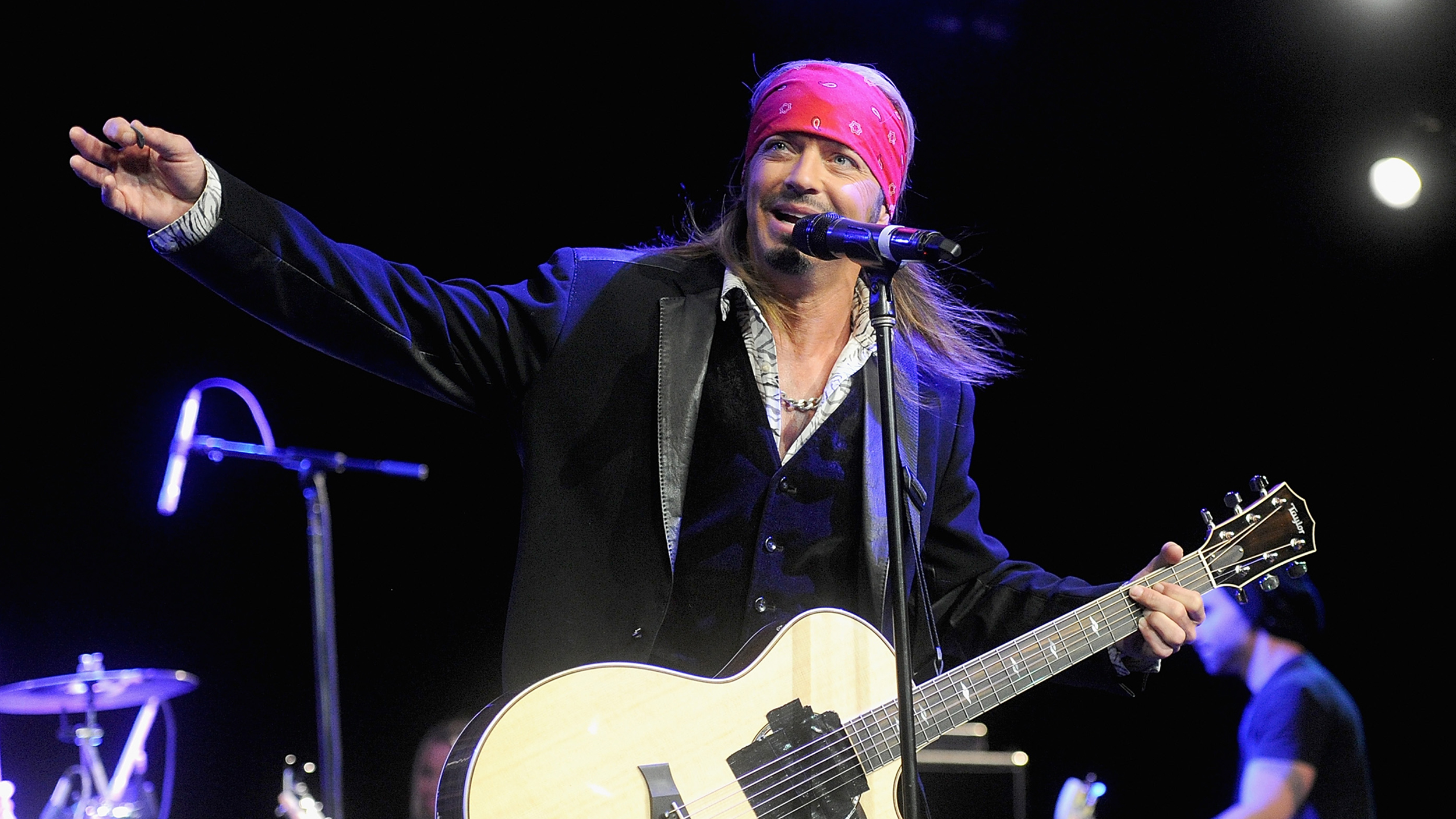 Bret Michaels Ends Concert Early After Suffering Diabetic
