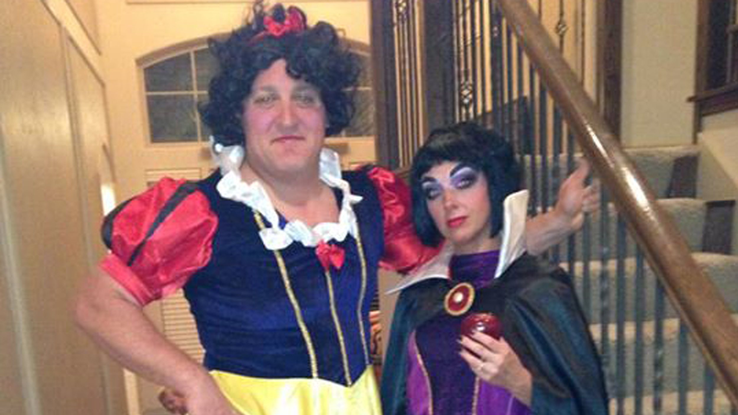 couples halloween costumes shrek and fiona plus 8 more todaycom - Famous Duos Halloween
