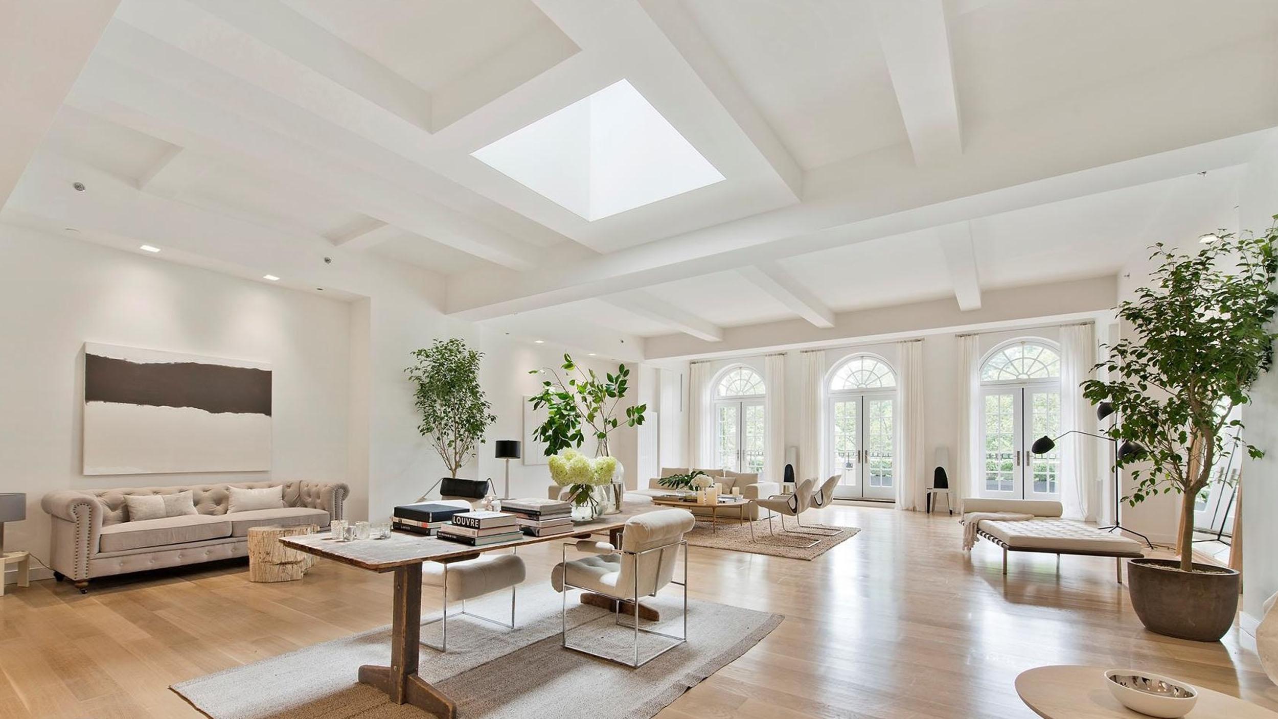 jennifer lopez buys manhattan penthouse. Black Bedroom Furniture Sets. Home Design Ideas