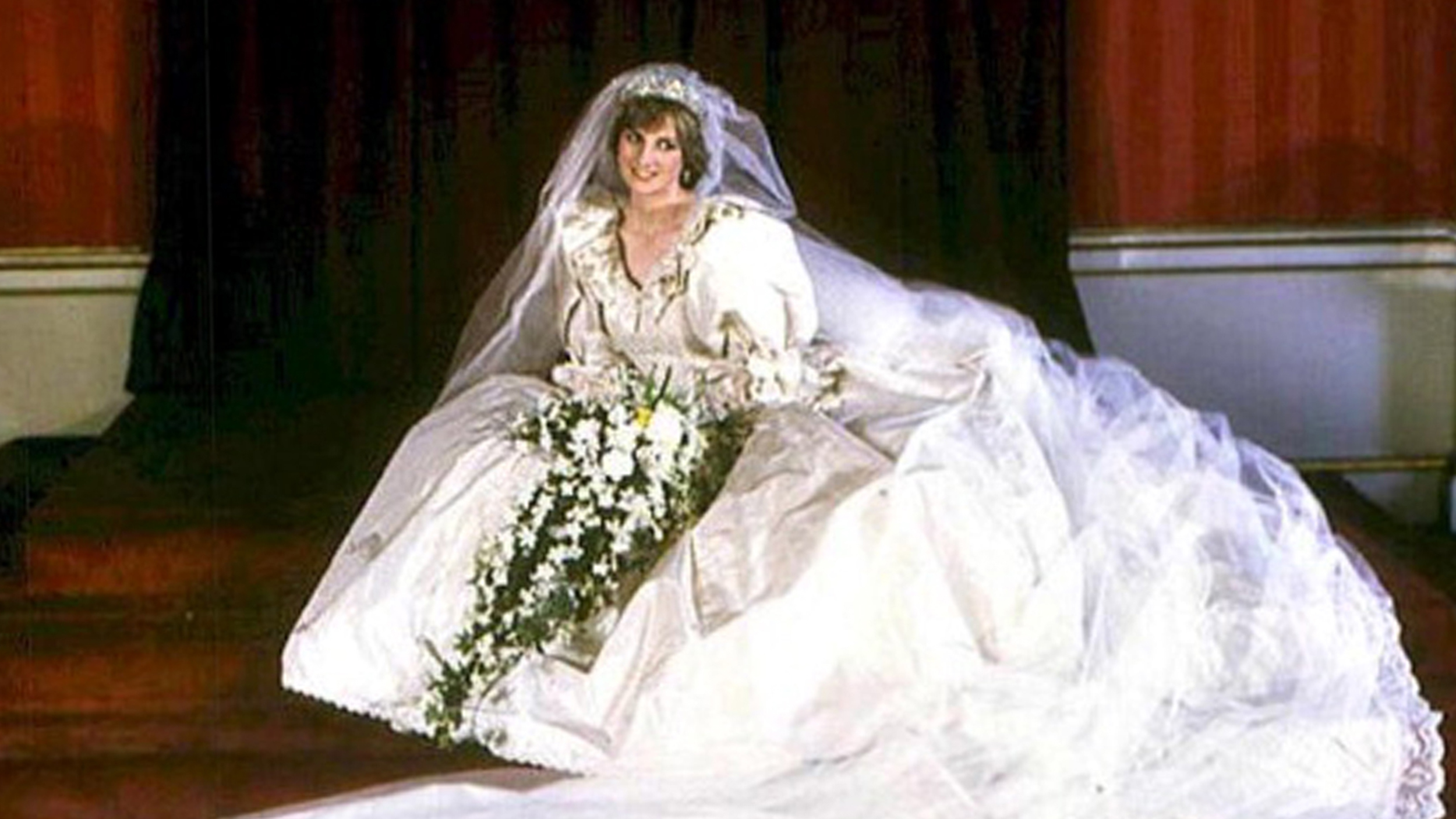 Princess Diana\'s wedding gown will be turned over to William and Harry