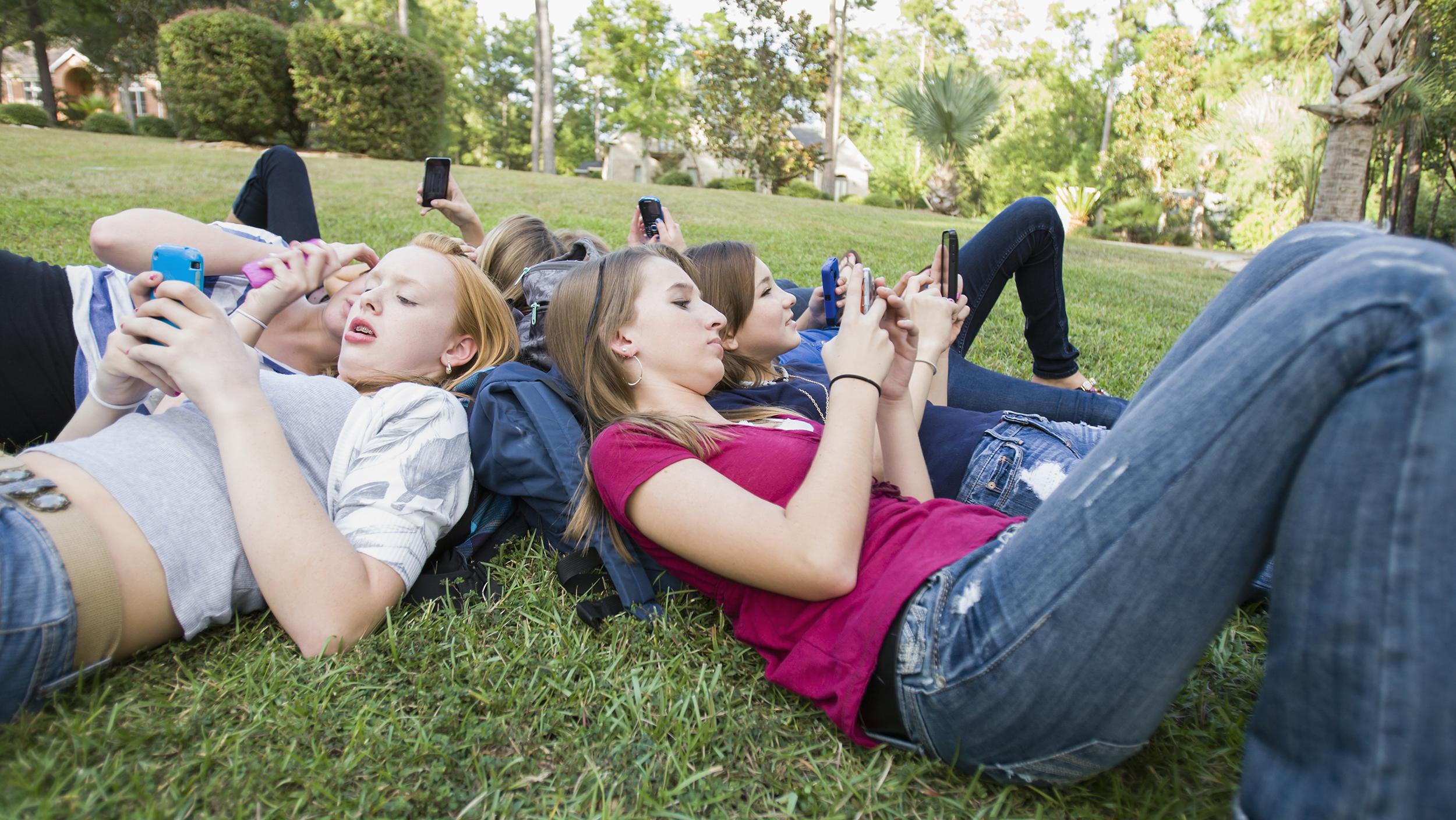 Social media boundaries: Should teachers and students be ...