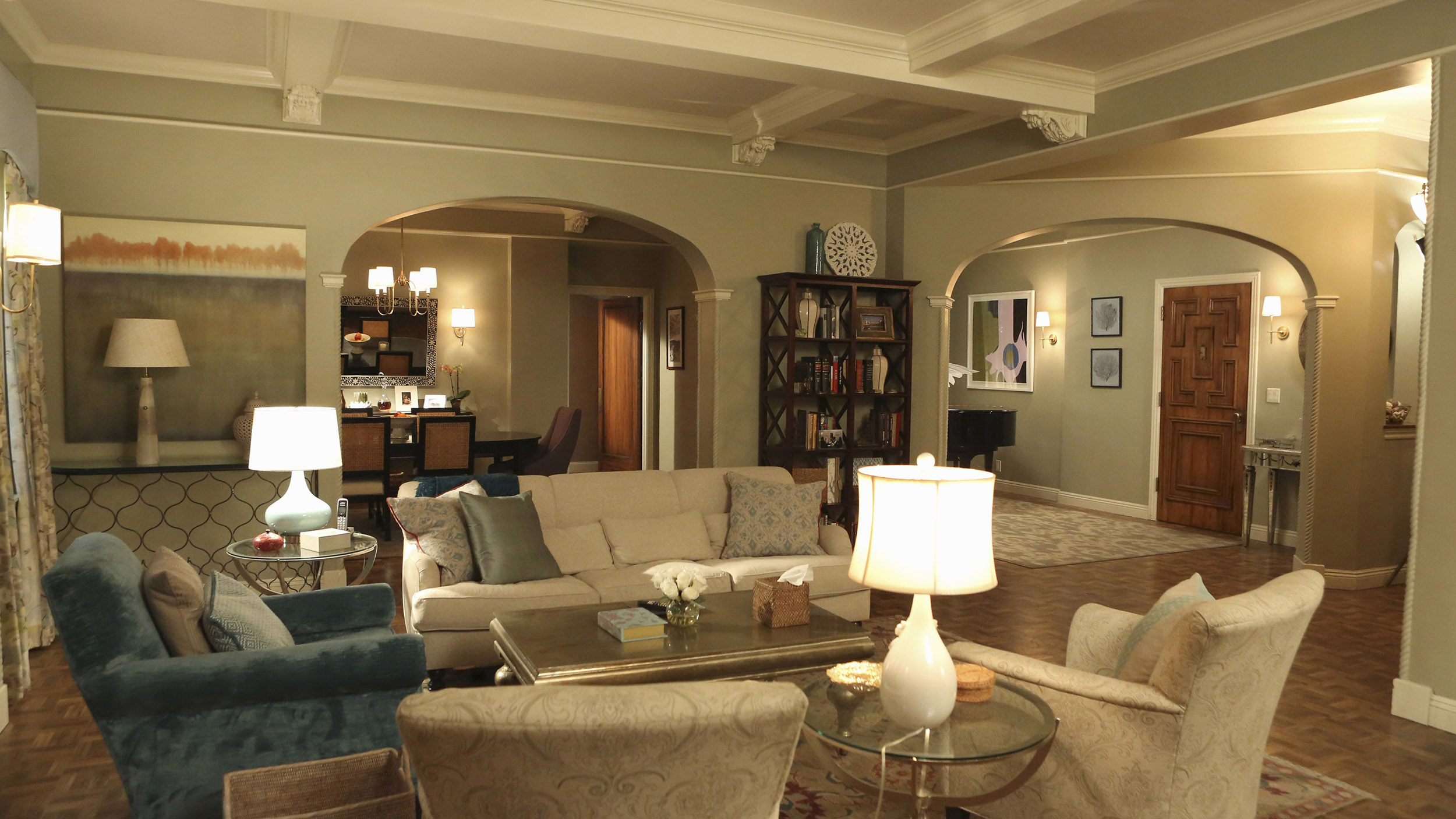 How to decorate your living room like Olivia Pope on \'Scandal\'