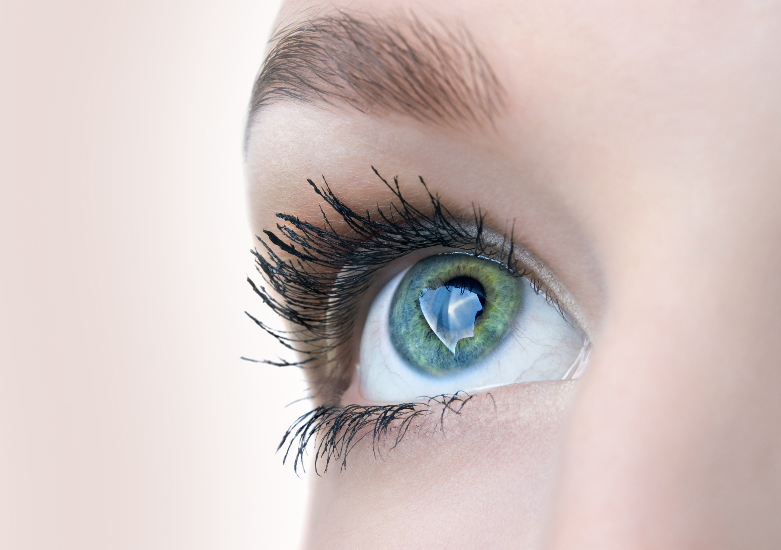 Lash extensions may dry out your eyes: What you need to know ...