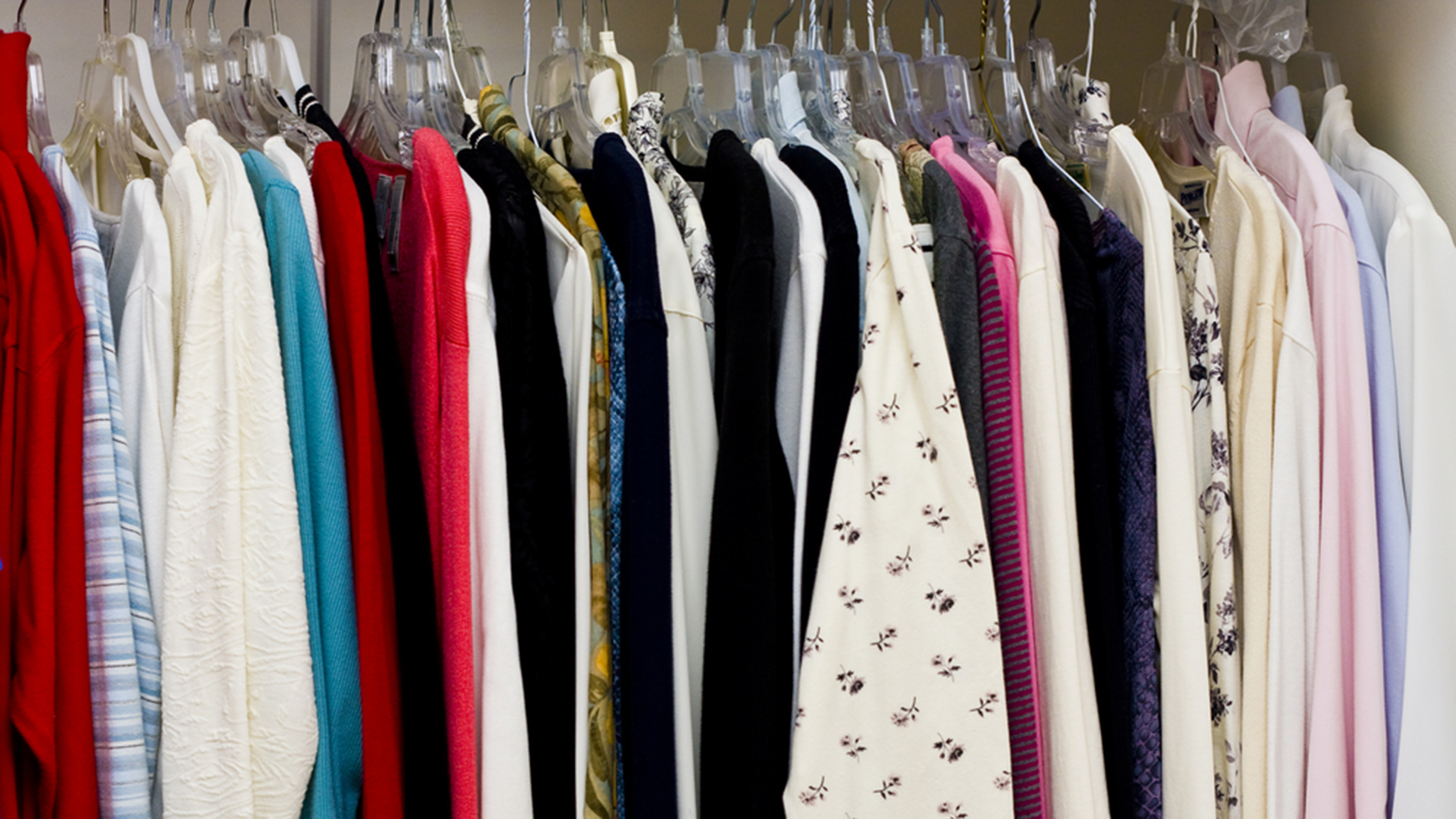 5 Easy Ways To Make Cash From Your Closet How To Sell