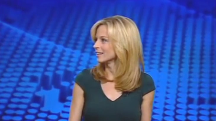 Courtney reagan gets marriage proposal live on cnbc today com