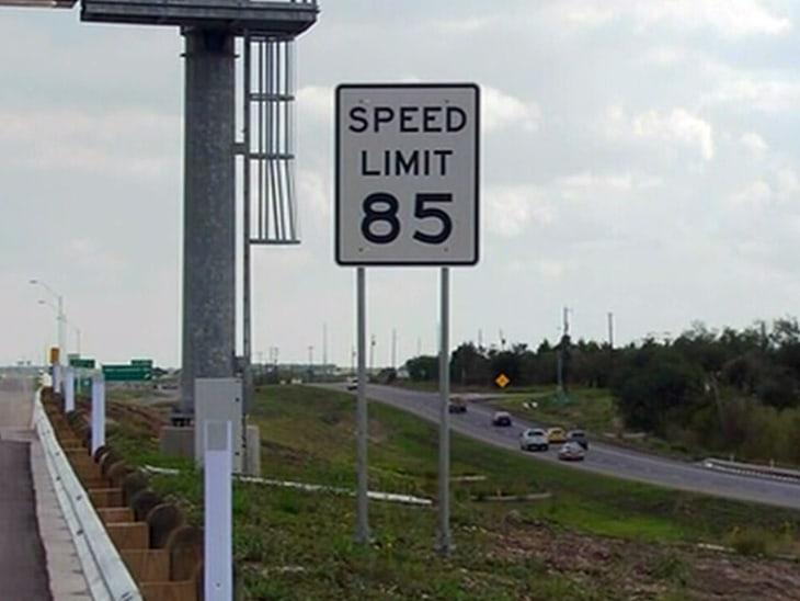First accident hits 85 mph Texas highway - Video on NBCNews com