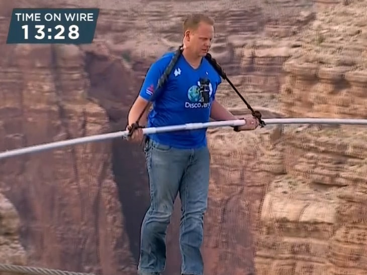 'Thank you Jesus': Daredevil crosses 1500-foot-high gorge