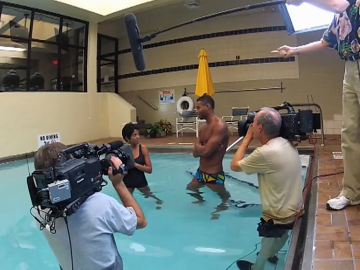 Cullen Jones Gives Tamron Hall A Swimming Lesson Video