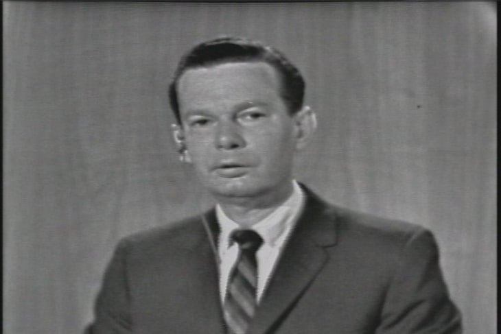 David Brinkley recounts the 'essential facts' of November 22, 1963 ...