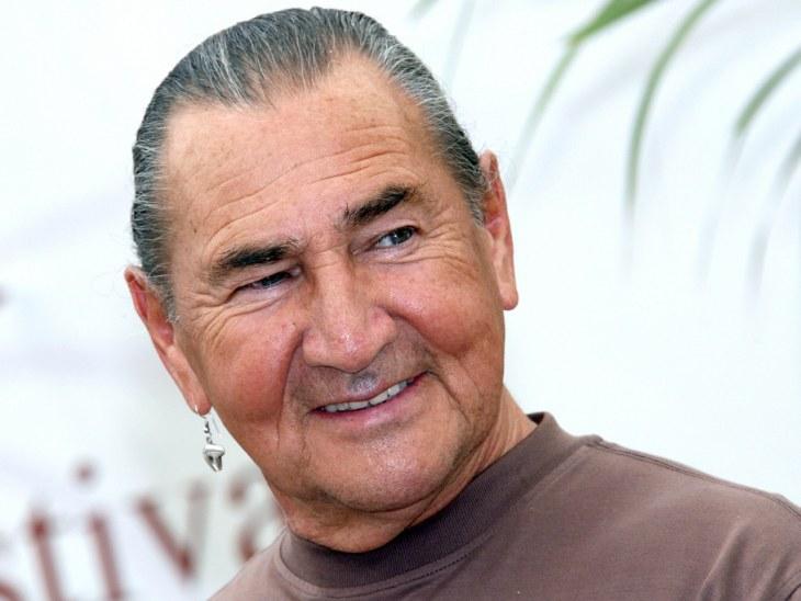 'Free Willy' actor August Schellenberg dies at 77 - TODAY.com August Schellenberg