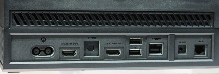 6C7512066-xbox-one-back-ports.blocks_des