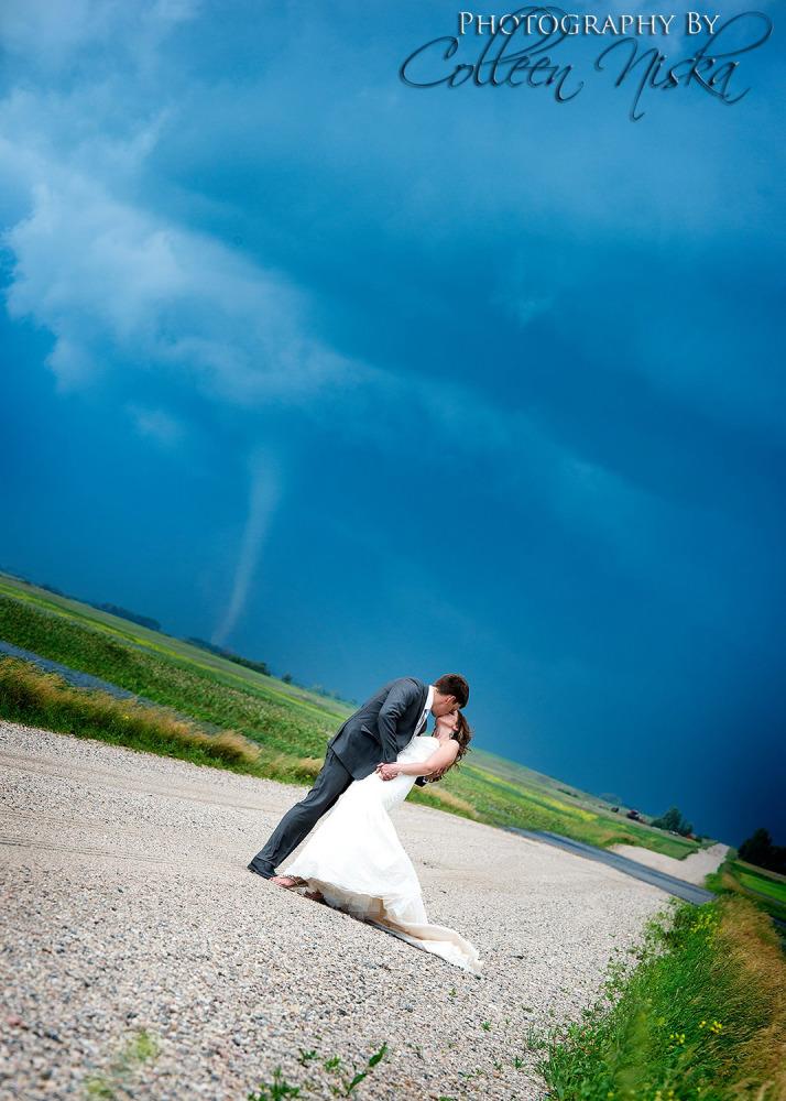 tornado gives dream wedding photos stunning scary