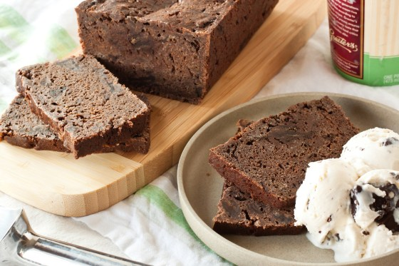 Thin Mints pound cake