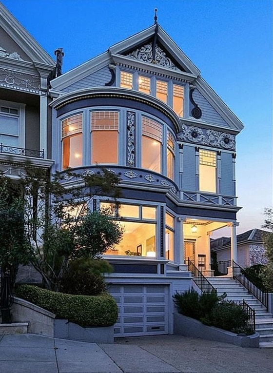 Meg ryan 39 s former san francisco victorian for sale for Mansions in san francisco for sale
