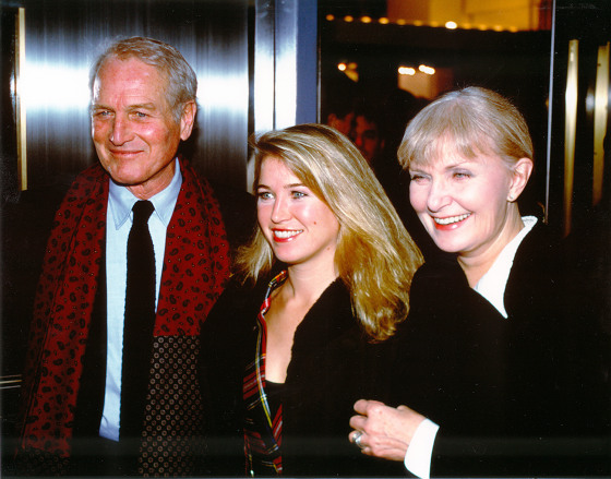 Clea Newman with her parents, Paul Newman and Joanne Woodward, at the Nobody's Fool premiere in New York City.