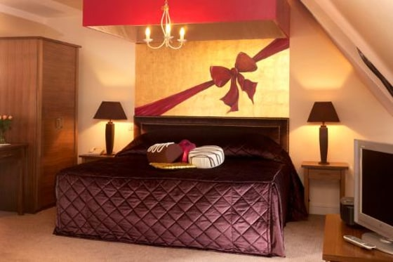 Three Ways House, a hotel in Gloucestershire, England