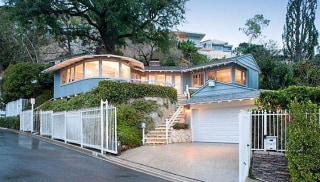 Kelly Osbourne has listed her 1,250-square-foot Hollywood Hills bungalow for $1.349 million.