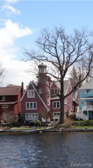 Michigan Home With Copper Topped Towers Hits The Market